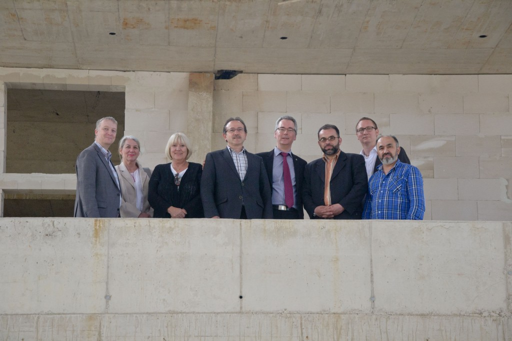 Von links: Carsten Müller,  Dagmar Kiesel, Regina Nawrot, Dursun Pekdemir, Hans Christian Markert, Ayhan Aydemir, Michael Dries.